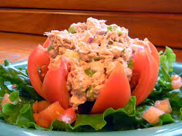 Tomato stuffed with Tuna