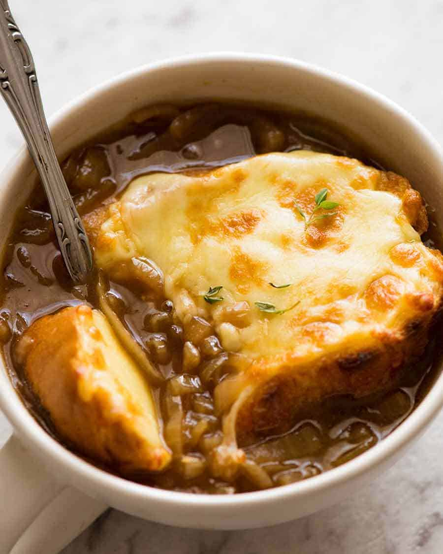 **French Onion Soup **(PHILLY STYLE)